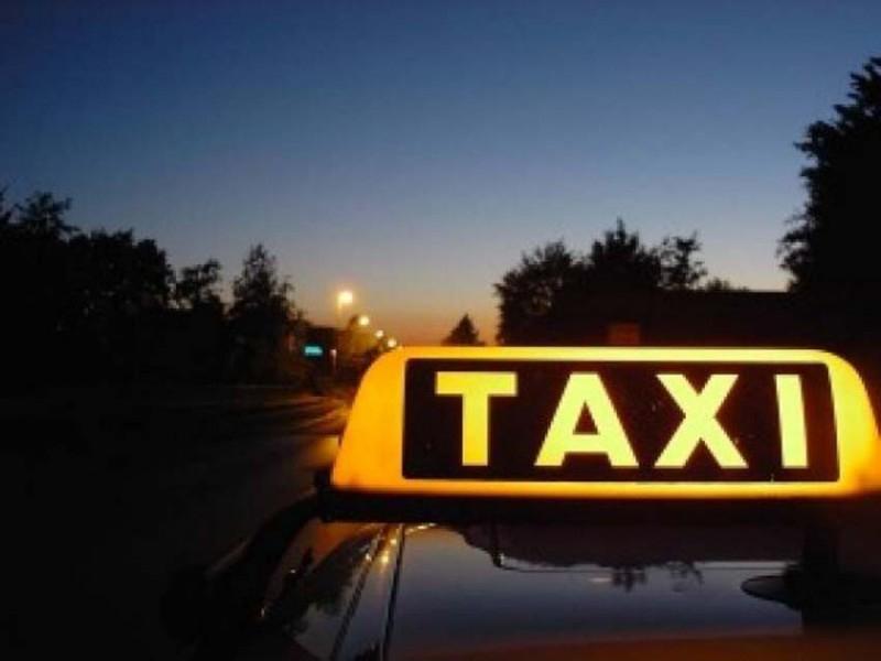 ВСаратове пассажиры такси избили иобокрали водителя