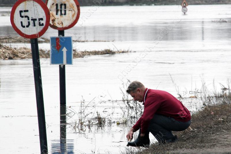 Награнице Пензенской области затопило мост