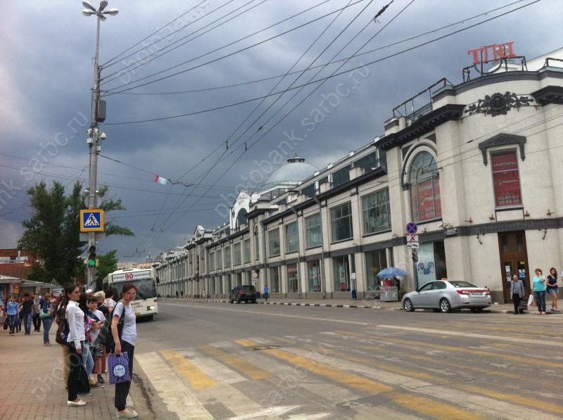 Приставы арестовали имуществоТД «Центральный» из-за долга в400 тыс. руб.