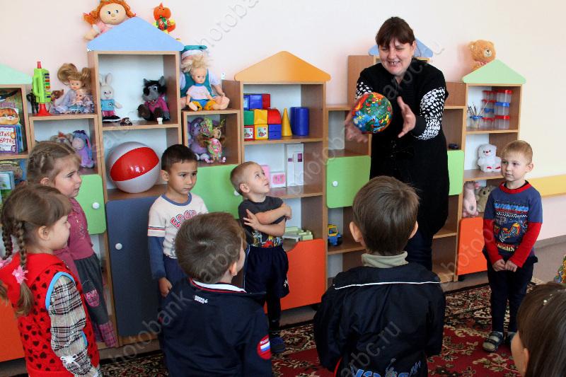 Заведующая саратовским детсадом заплатит 30 тыс. запоборы сродителей