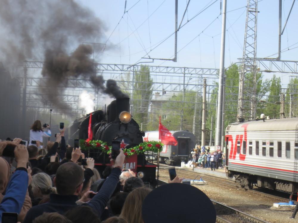 ВСаратов впервый раз приехал ретро-поезд «Победа»