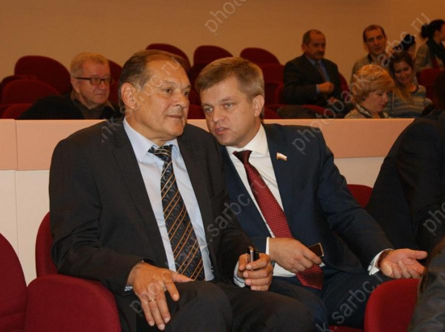 Александр Стрелюхин покинул пост зампреда руководства Саратовской области