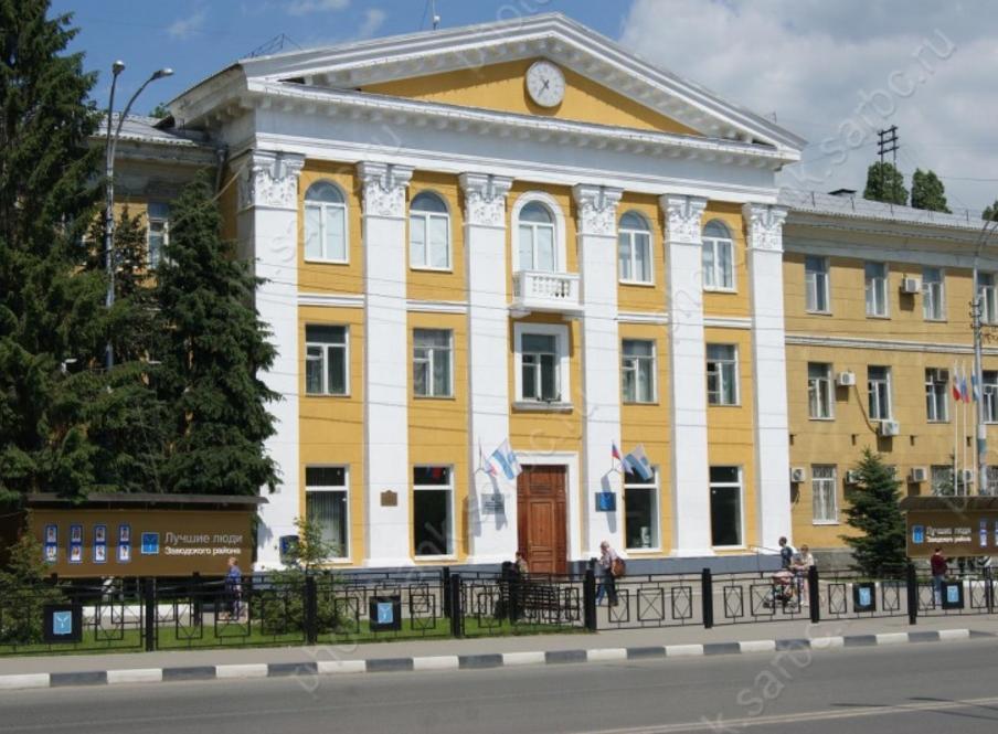 Сотрудница Заводской администрации брала взятки сорганизаторов незаконной торговли