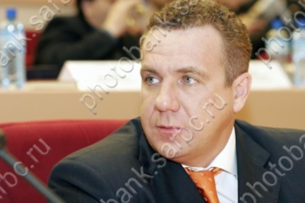 Напанихиду поОлегу Грищенко пришли сотни саратовцев