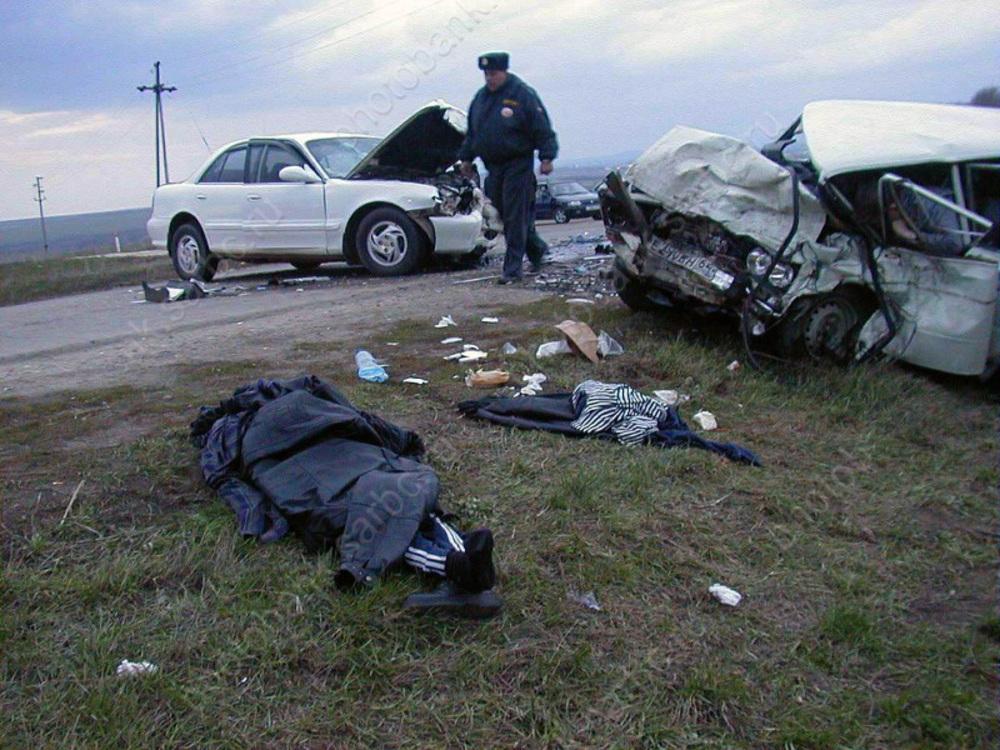 Каждое девятое ДТП в Российской Федерации связано с отъездом навстречку