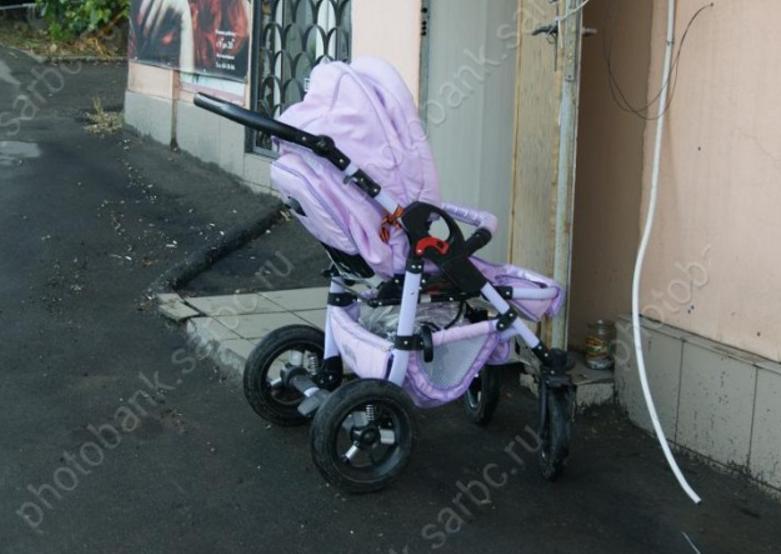 Автоледи на«Мазде» сбила мать сгрудным сыном