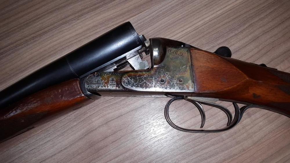 Сельчане обстреляли изружья юного саратовца на«Мерседесе»