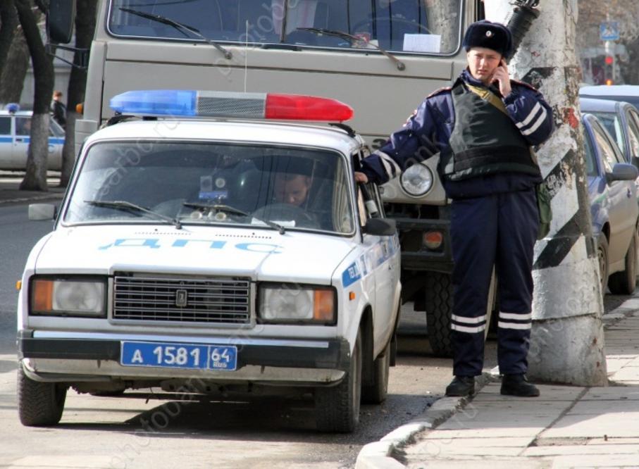Водворе шофёр  минивэна задавил женщину и исчез  сместа ДТП