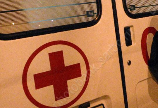 Неизвестный шофёр вСаратове сбил 2-х девушек и исчез