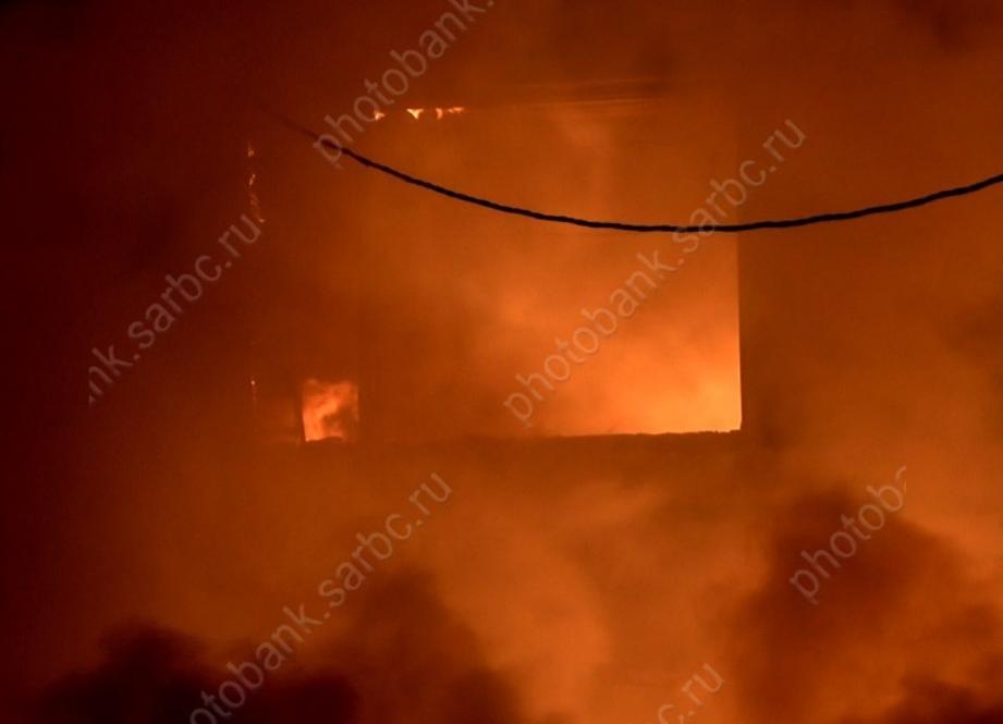Напожаре умер «присматривавший» задомом мужчина