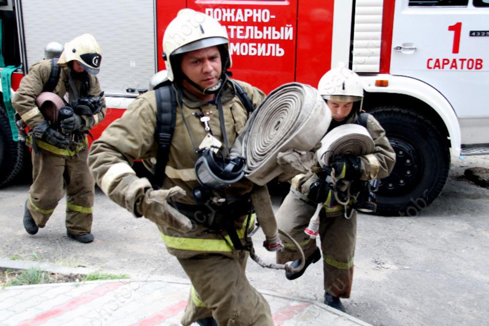 Напожаре вСаратове спасли 30 человек