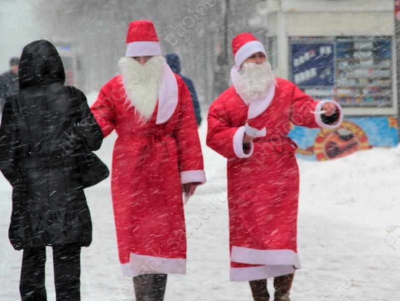 Наэтих выходных вОмской крепости пройдет слет Дедов Морозов иСнегурочек
