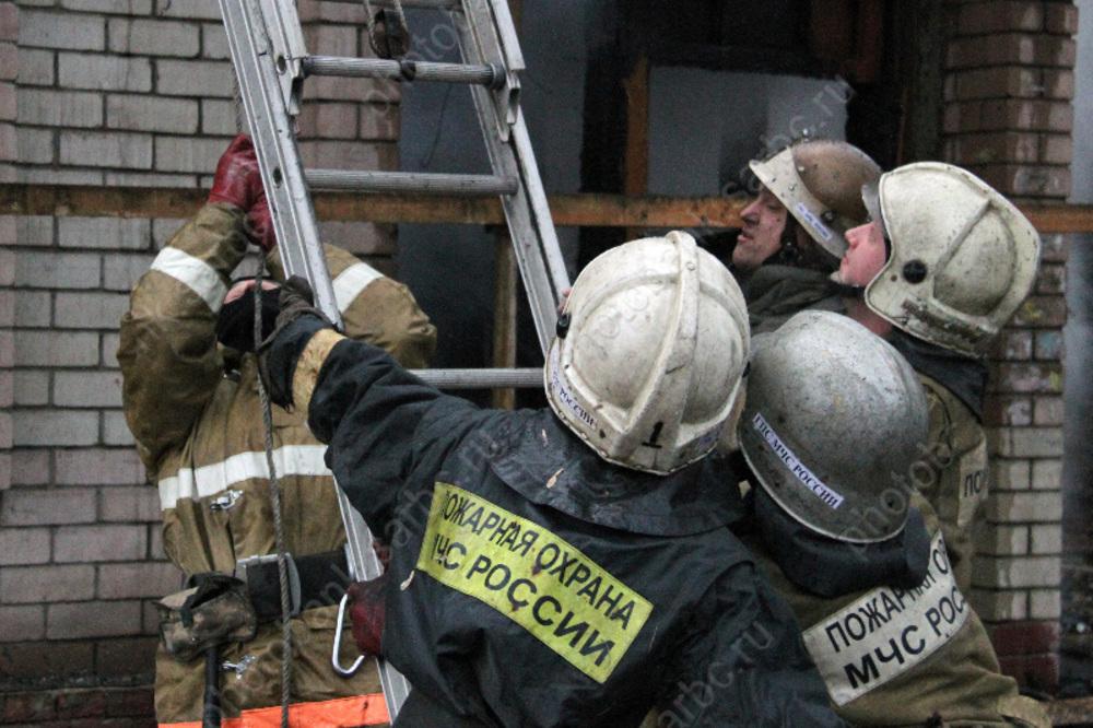 ВСаратове напожаре умер оставленный вквартире 5-летний ребенок