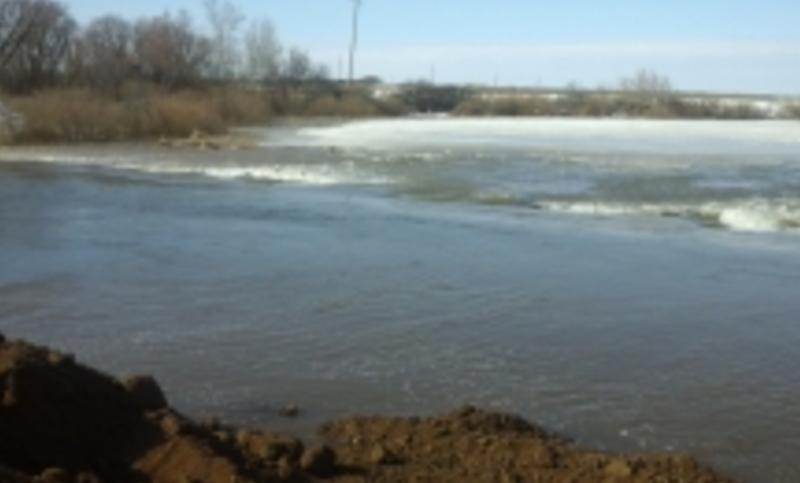 ВСаратовской области из-за паводка перекрыли федеральную дорогу