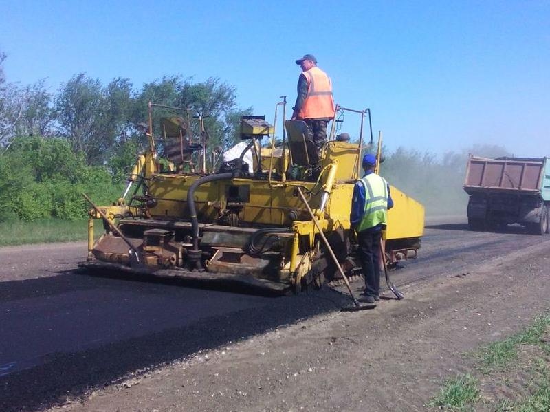 В Заволжье ремонтируют дороги