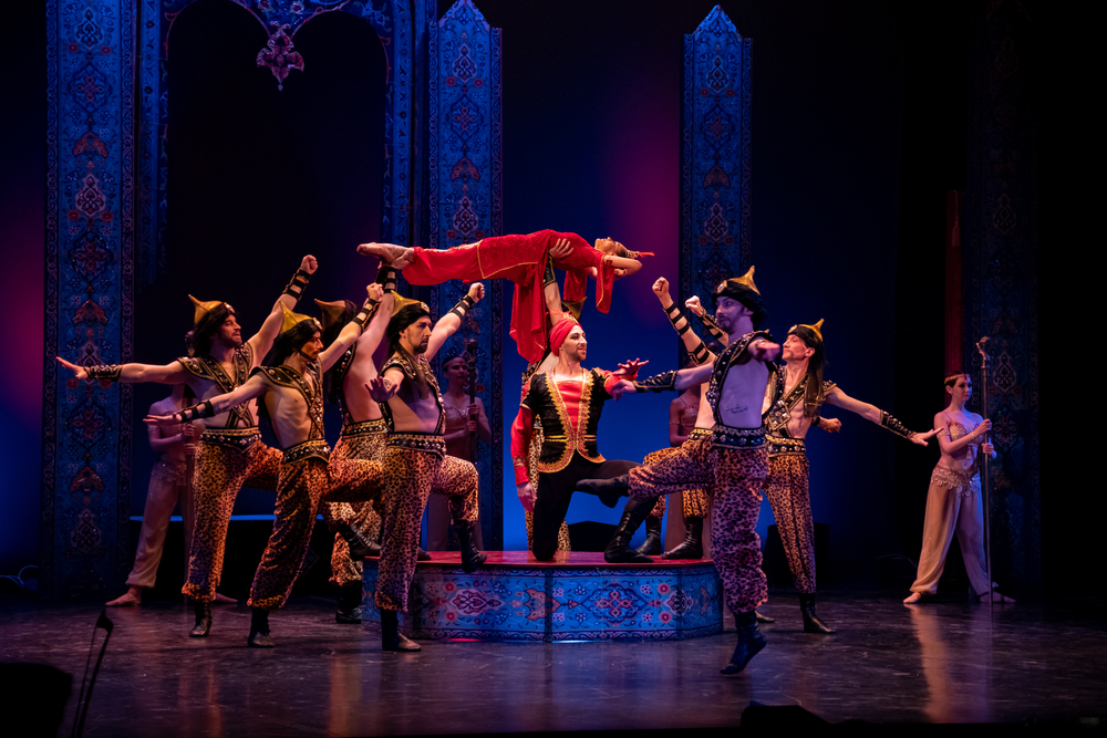 В Фокусе. На Новой сцене оперного - премьера балета по сказкам Шахерезады