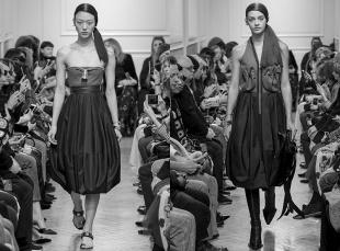 Новый модный сезон. Дизайнеры вновь предлагают юбки-баллоны