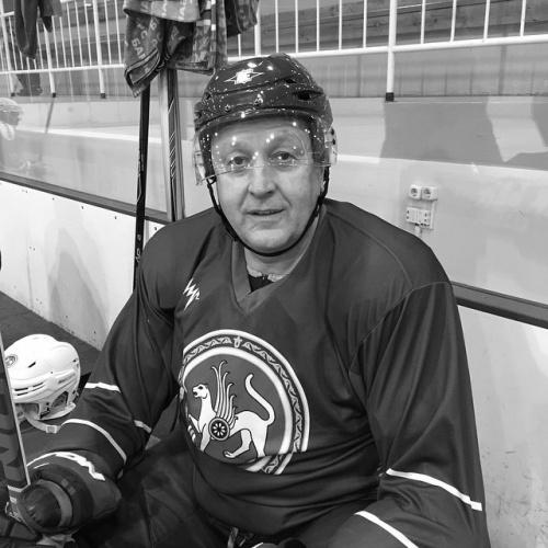 Н@блюдатель. Губернатор играет в хоккей
