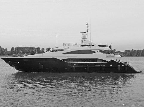 Н@блюдатель. Таинственная яхта и адепты поздних рассветов