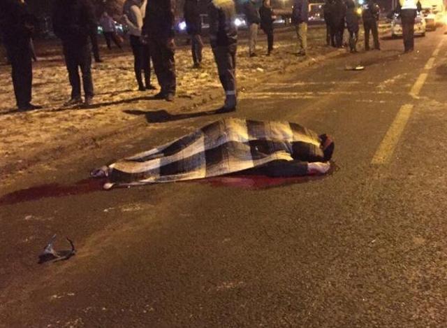 Подросток погиб под колесами
